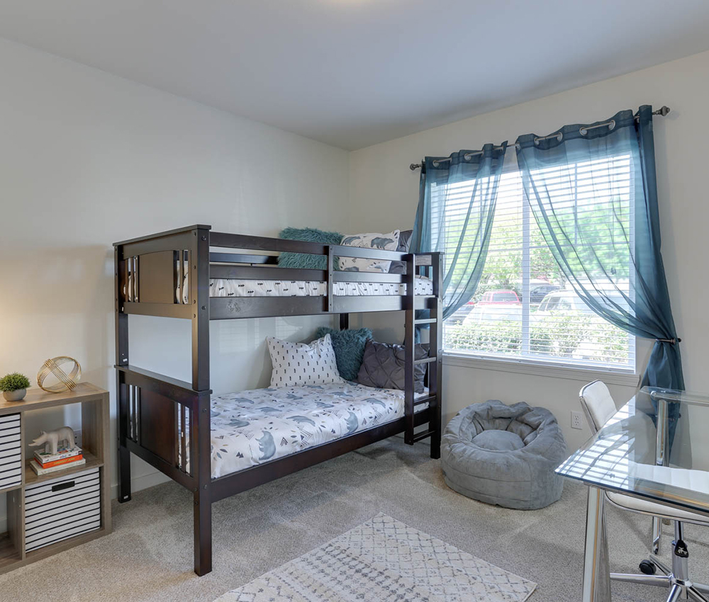 Find Your New Home At Sunfield Lake Apartments